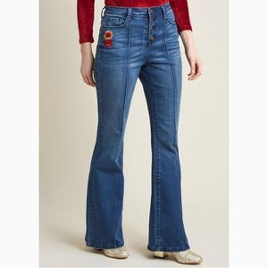 ModCloth Flared Jeans with Floral Embroidery Small